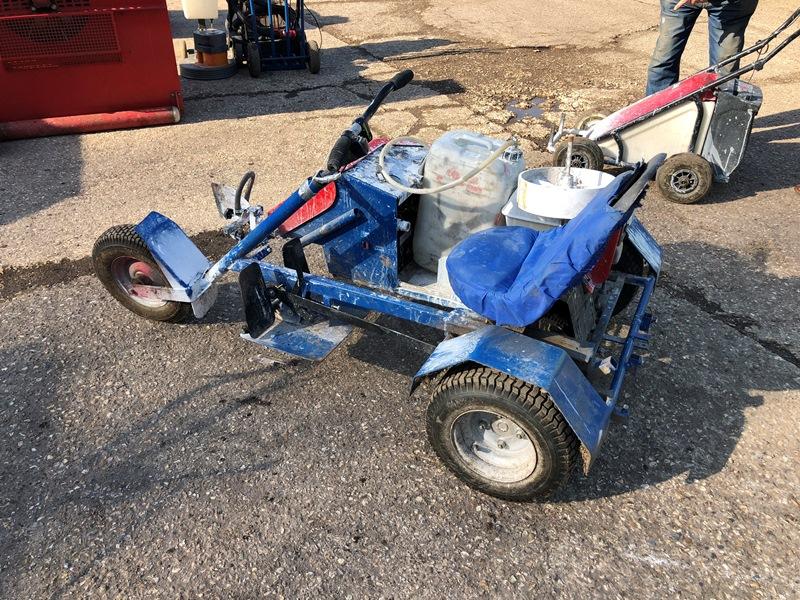 Lot 29 - Bowcom Trike ride on pitch lining trike with Honda petrol engine