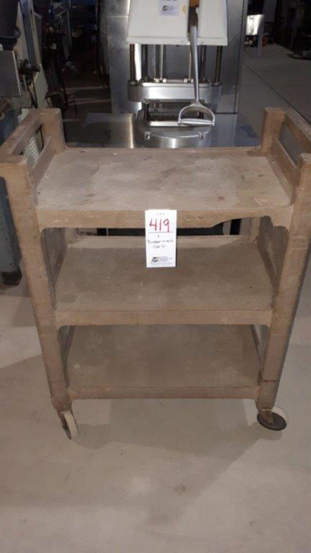 Rubbermaid cart