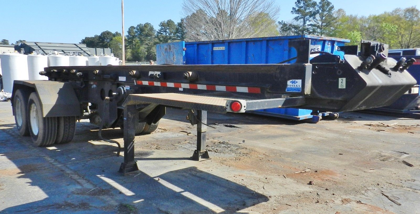 Lot 35 - 2010 Benlee Roll-Off Trailer