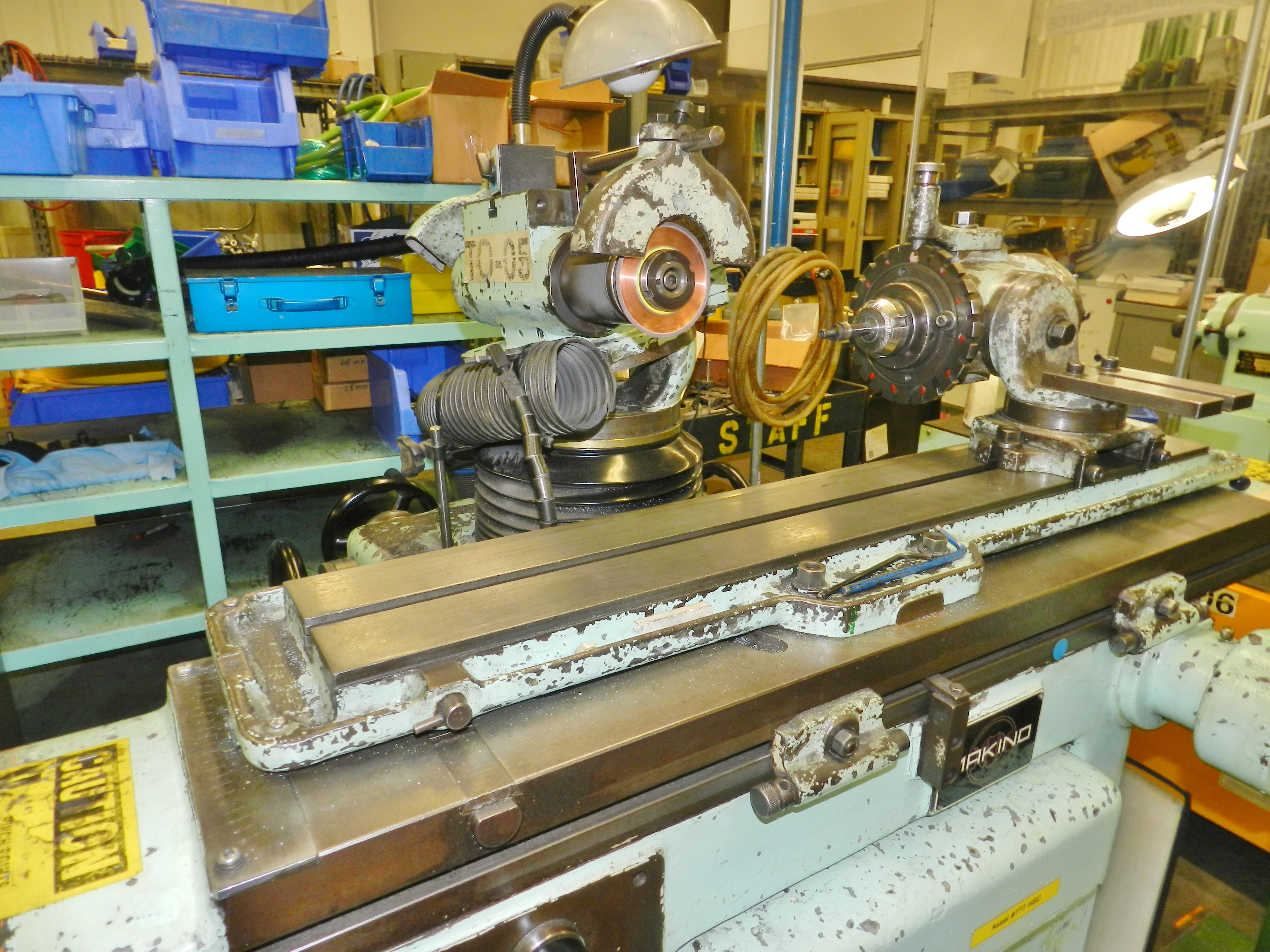 Lot 53 - Makino C-40 Universal Tool & Cutter Grinder