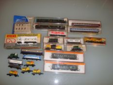 N GAUGE - A selection of Continental Outline boxed