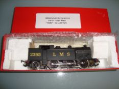 OO GAUGE - A Wrenn W2215 0-6-2 tank locomotive in