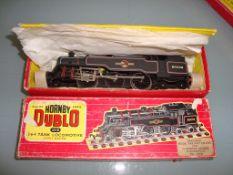 OO GAUGE - A Hornby Dublo 2218 2-6-4 tank locomoti