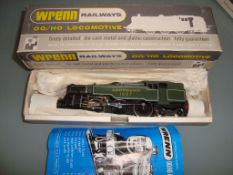 OO GAUGE - A Wrenn W2245 2-6-4 Tank locomotive in