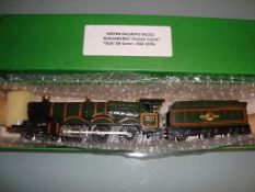 OO GAUGE - A Wrenn W2221 Castle Class locomotive -