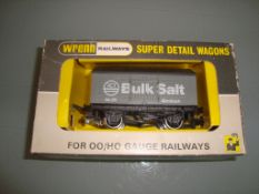 A Wrenn W5101 ICI Bulk Salt Wagon - Very Good, Goo