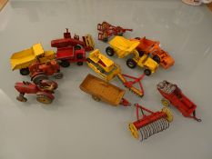 DIECAST: A GROUP OF AGRICULTURAL AND CONSTRUCTION