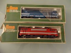 MODEL RAILWAYS - HO GAUGE - A pair of Lima French