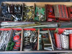 LARGE QUANTITY OF VINTAGE MECCANO: to include moto