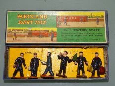 DINKY TOYS NUMBER 1 STATION STAFF SET (40MM EARLY