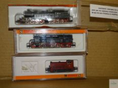 N GAUGE - GROUP OF GERMAN OUTLINE DIESEL AND STEAM LOCOS - ARNOLD - G/VG in G boxes (3)