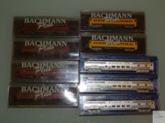 N GAUGE - GROUP OF AMERICAN OUTLINE PASSENGER CARS by BACHMANN - VG in G boxes (9)