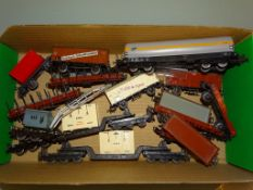 A group of mostly MÄRKLIN wagons as lotted - F/VG, unboxed (15)