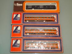 A group of four HO Gauge Italian coaches by LIMA as lotted - G/VG in F/G boxes (4)