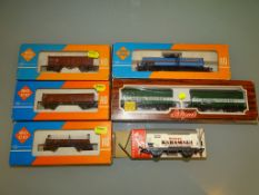 A group of HO GAUGE German Outline wagons by ROCO, LILIPUT and FLEISCHMANN - G/VG in G boxes (7