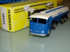 A MÄRKLIN 18032 replica diecast articulated tanker lorry in ARAL livery, limited edition, complete