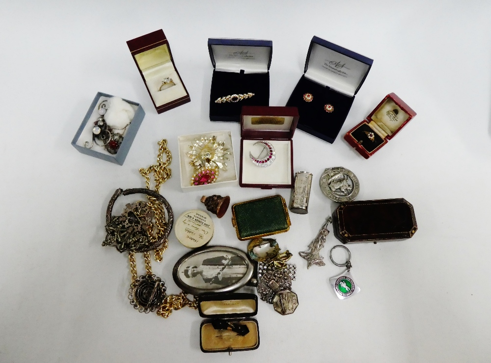 Lot 60 - A carton containing a quantity of vintage and later costume jewellery to include dress rings,