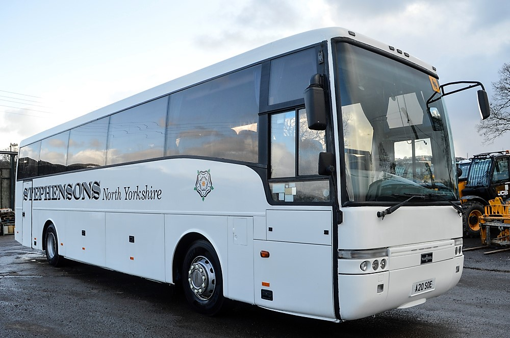Lot 5 - DAF Vanhool 50 seat luxury coach Registration Number: A20 SOE Date of Registration: 10/04/2002 MOT