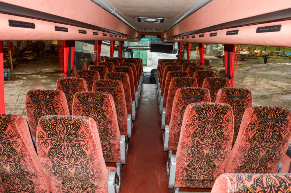 Lot 8 - Volvo Plaxton 53 seat luxury coach Registration Number: B10 SOE Date of Registration: 02/05/2001 MOT