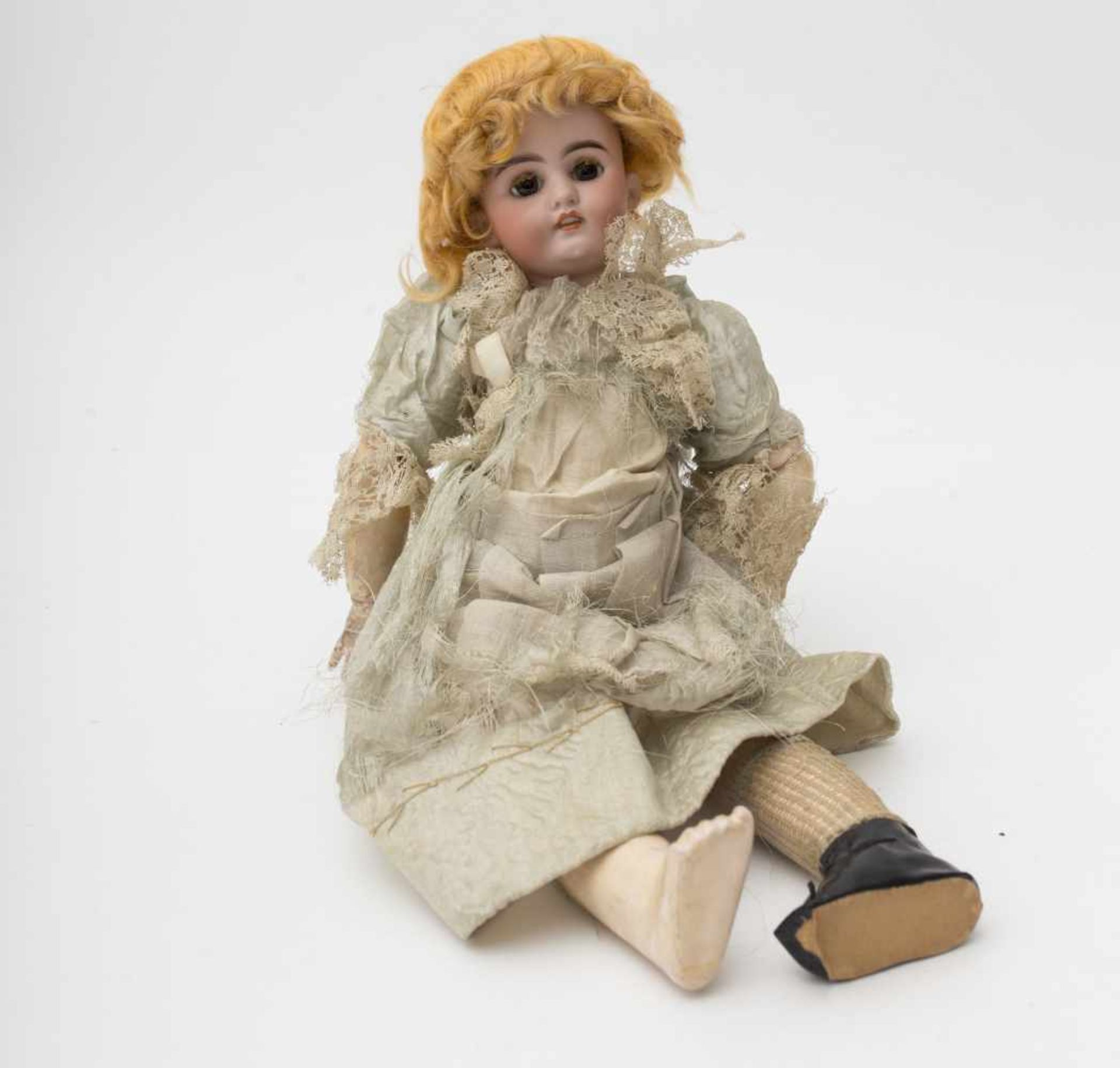 "German doll With biscuit head, open mouth, branded ""S&H 1676 DEP"", brown sleeping eyes, SFBJ"