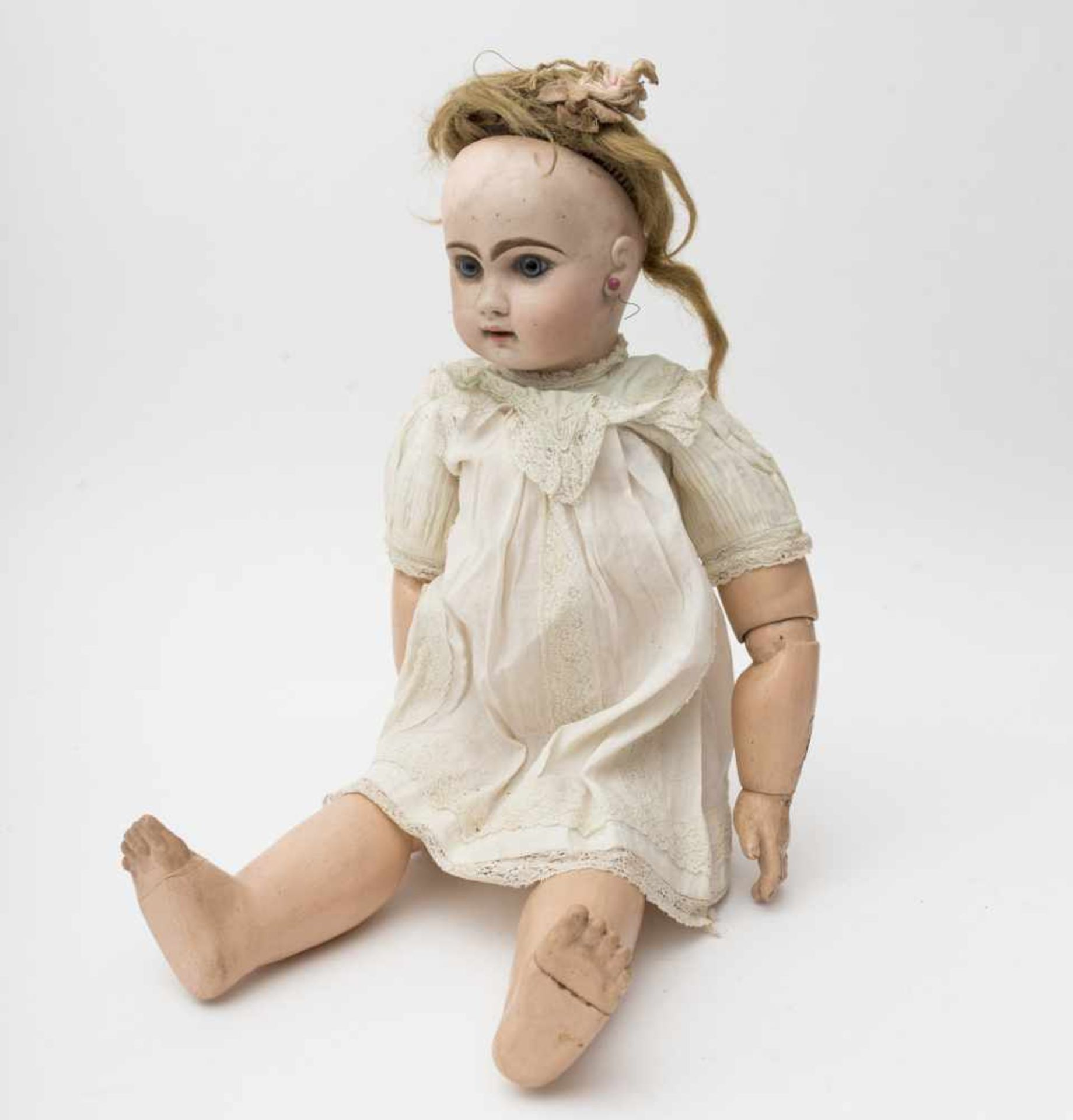 "French doll With cast biscuit head, open mouth, branded ""DEPOSE TETE JUMEAU"", size 11, red stamp,"