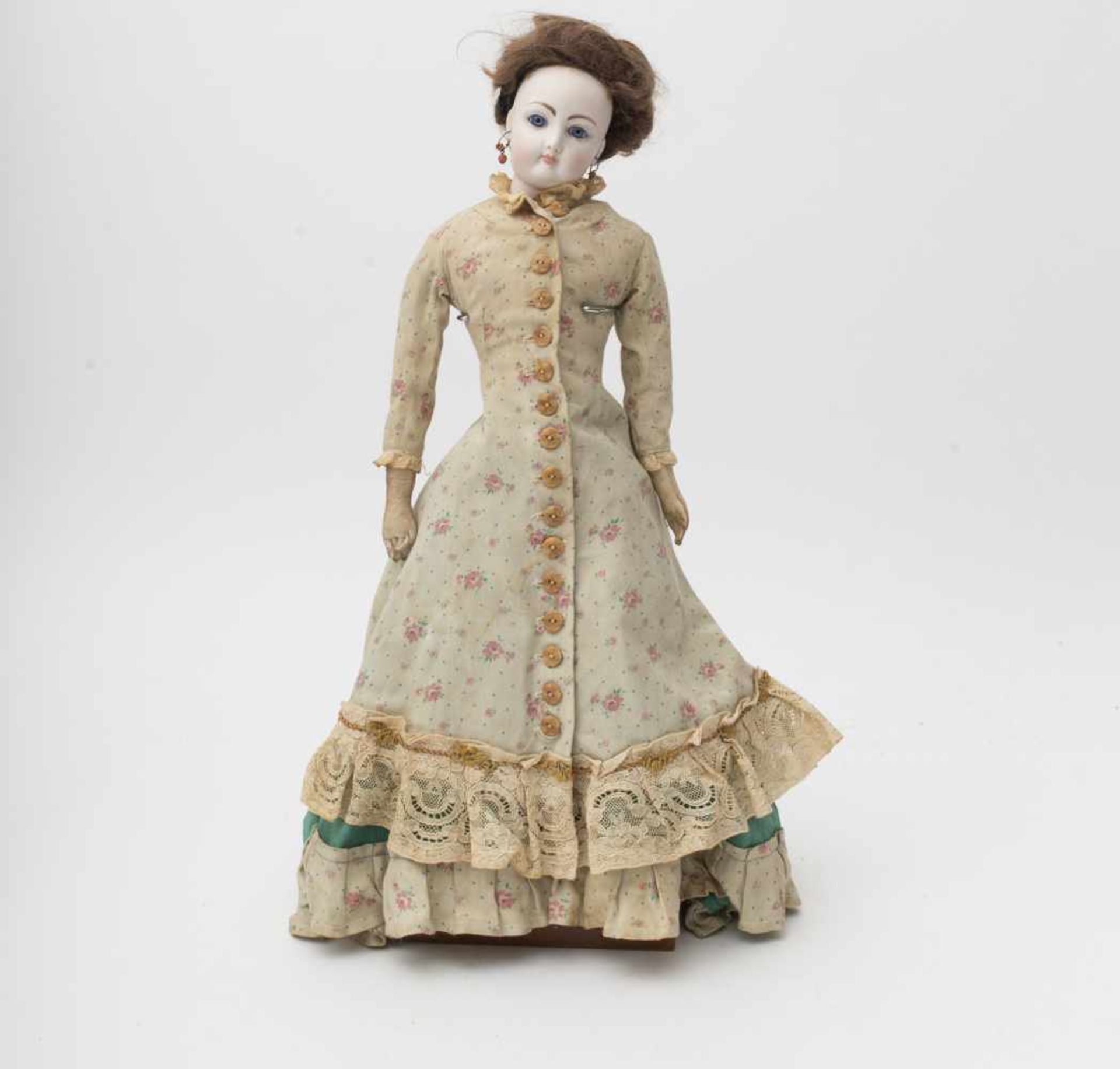 Fashion doll Parisian-type in the François GAULTIER style, with biscuit head and torso, kidskin