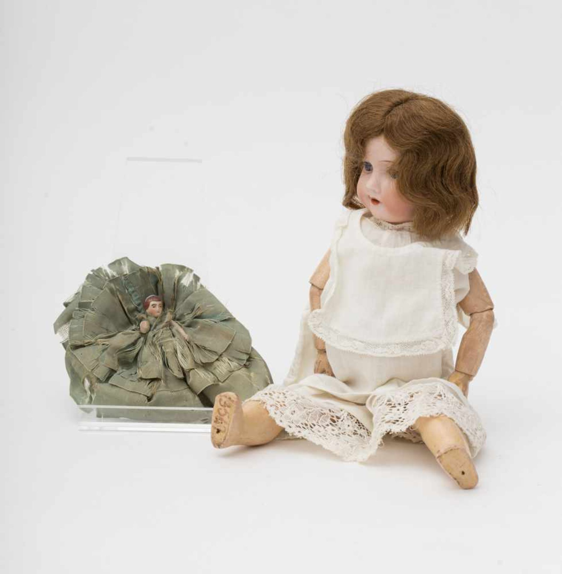 """German doll With biscuit head, open mouth, branded """"290 A 4/0 M"""", articulated body with damage to"""