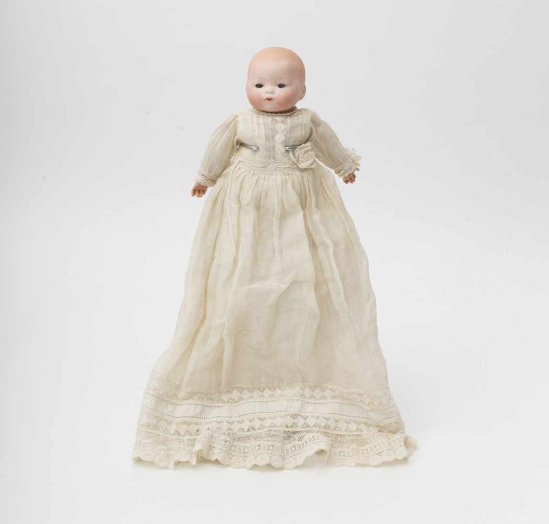 "German character baby doll Made of biscuit, ""Armand MARSEILLE"", full head, closed mouth, blue"