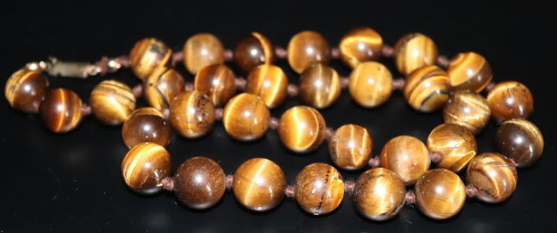 Lot 168 - Early 20thC Tigers Eye Bead Necklace, Approx 14mm Beads, Length