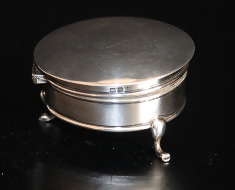 Lot 112 - Silver Circular Tri Footed Trinket Box, Hinged Lid, Fully Hallmarked For