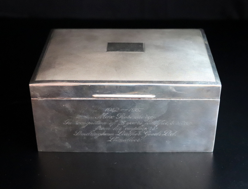Lot 73 - Silver Wood Lined Cigarette/Cigar Box, Fully Hallmarked For Birmingham R 1966