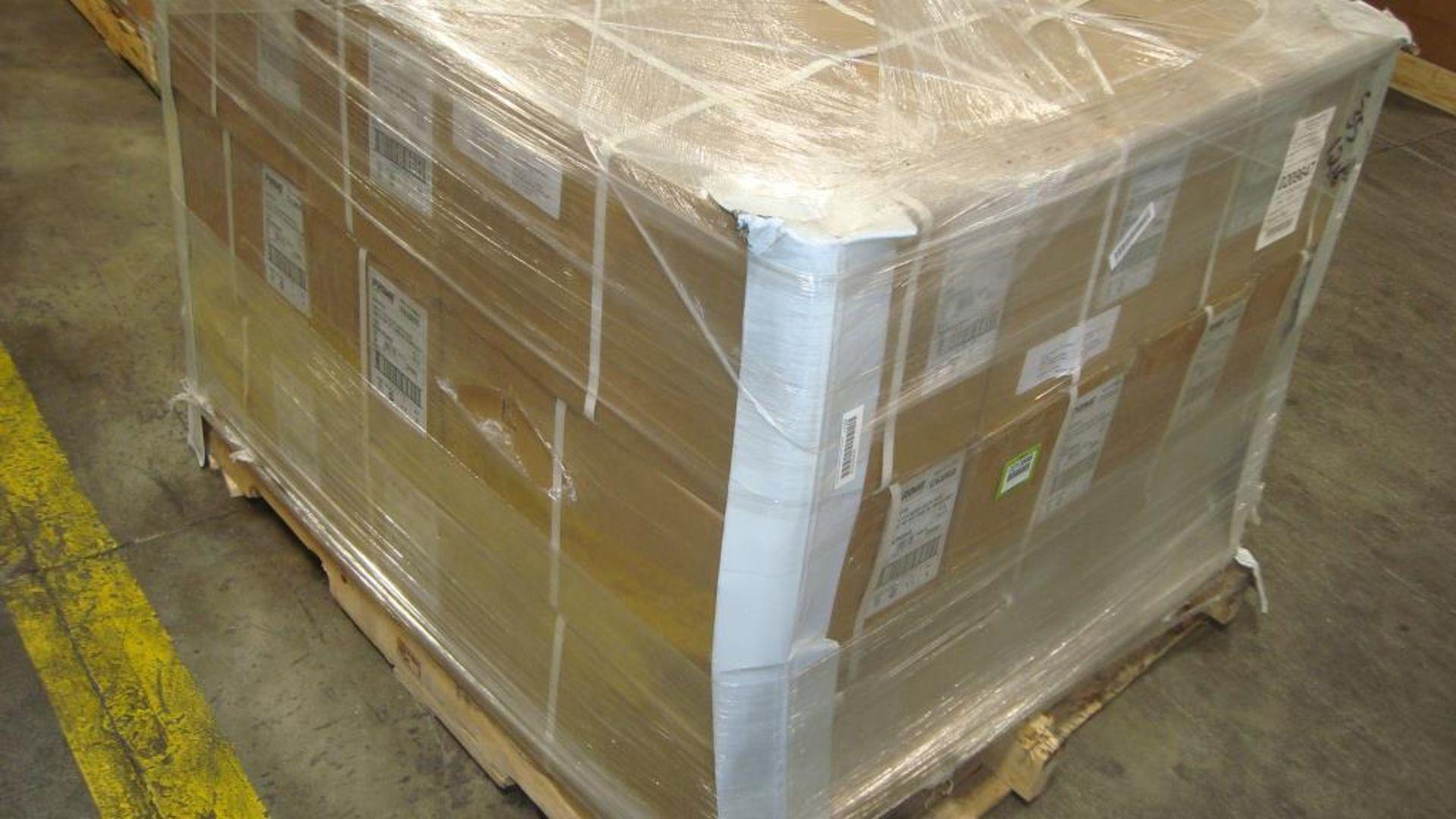 Extension Cords. Lot: 90 Total (30 Boxes - 3 ea.) Prime Wire & Cable pn# LT630835 Arctic Blue 100 - Image 9 of 9