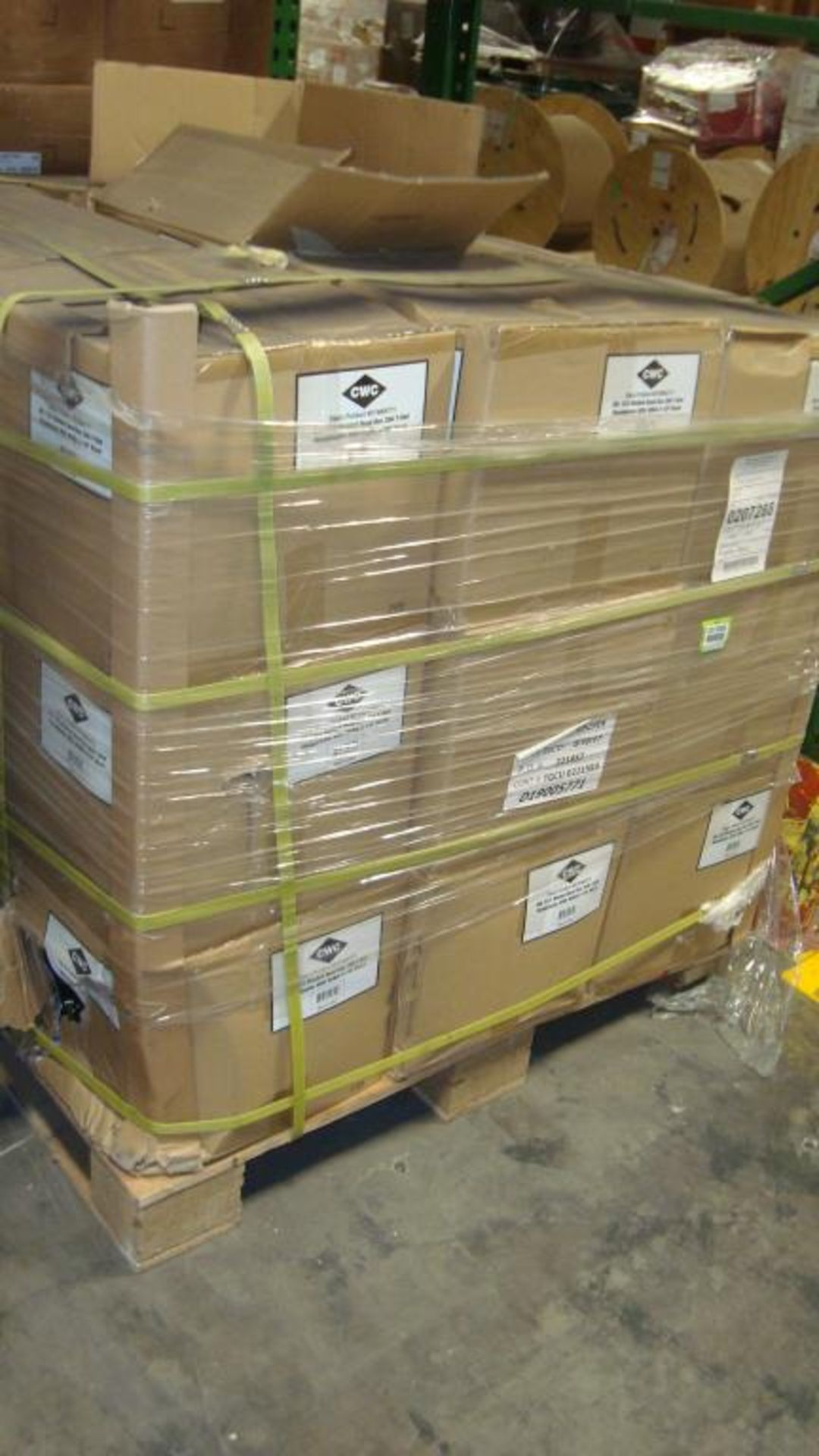 Extension Cords. Lot: 648 Total (27 Boxes - 24 ea.) Century Wire & Cable pn# D19005771 6ft Heavy - Image 9 of 9