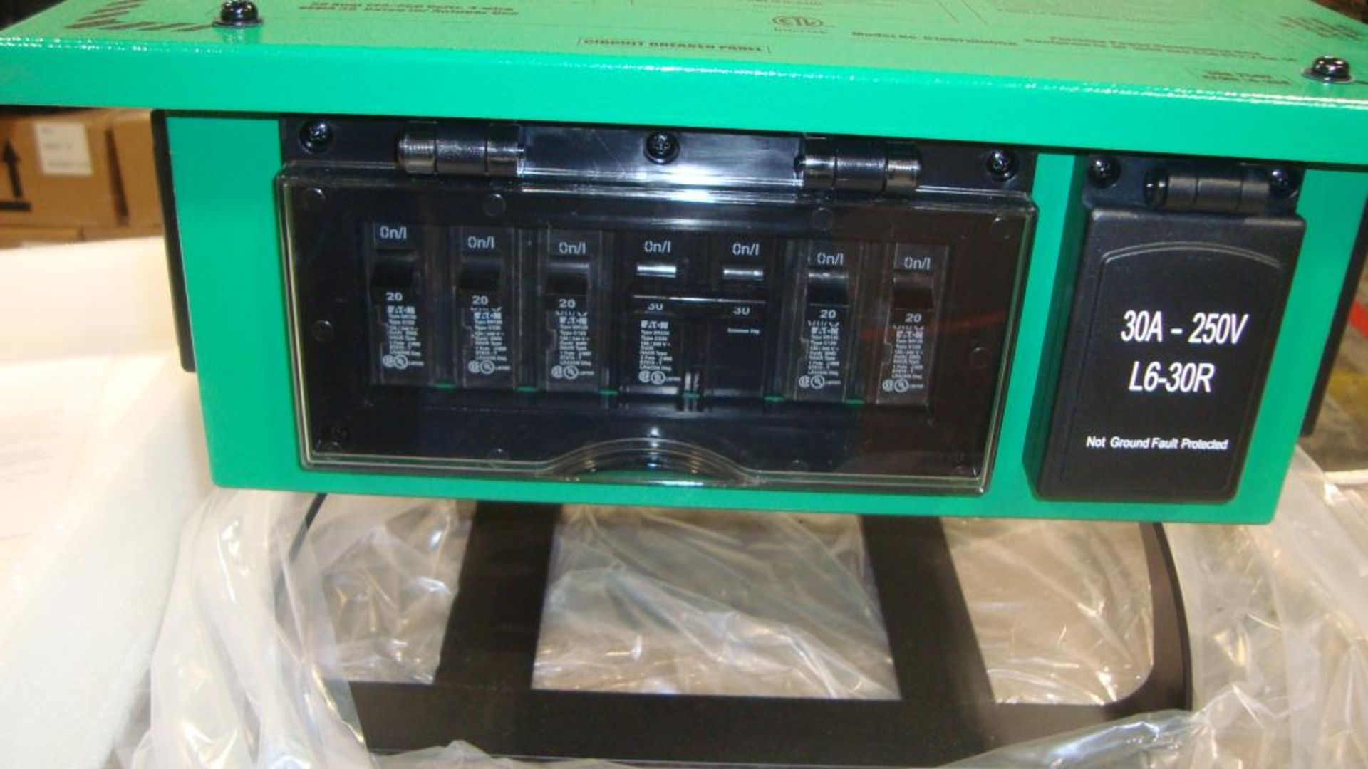 Power Distribution Center. Lot: (1 skid/24 per skid) Power Tech Model D18511000GN Indoor- Outdoor - Image 11 of 13