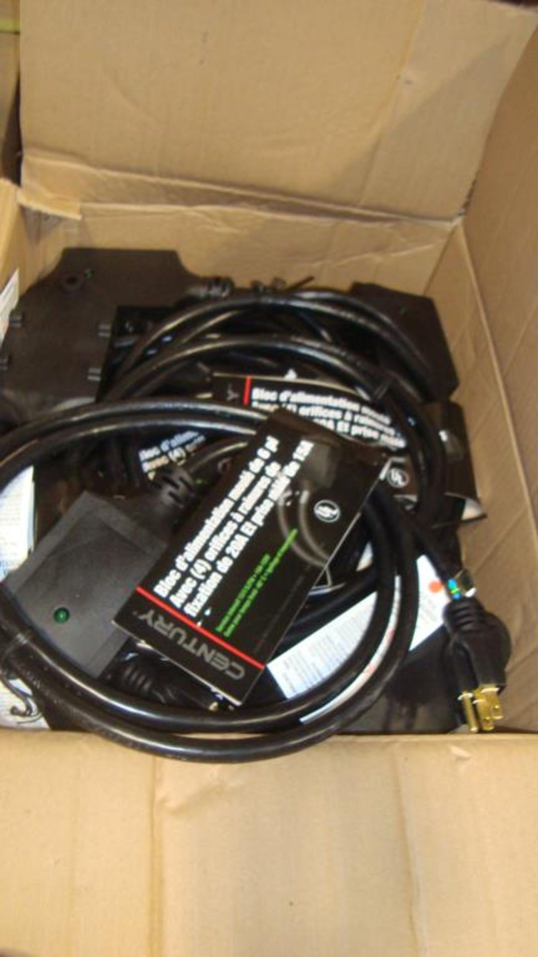 Extension Cords. Lot: 648 Total (27 Boxes - 24 ea.) Century Wire & Cable pn# D19005771 6ft Heavy - Image 6 of 9