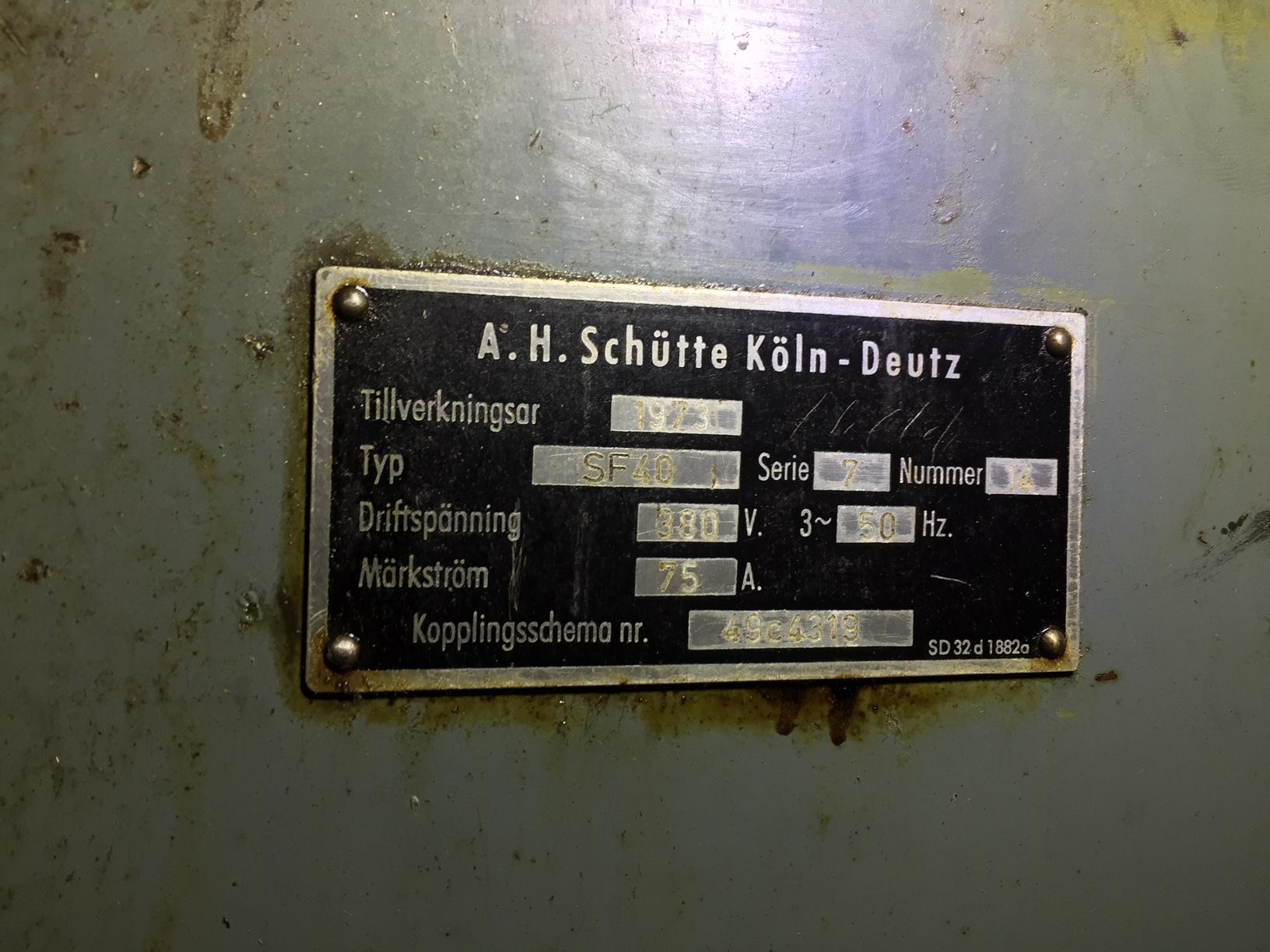 Lot 21 - Schutte Model SF 40-6, 6-Spindle Automatic Lathe