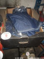 Lot 9 - BOX OF JEANS