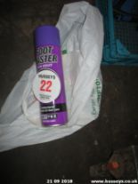 Lot 22 - FOOT SPRAY & CLIPPERS