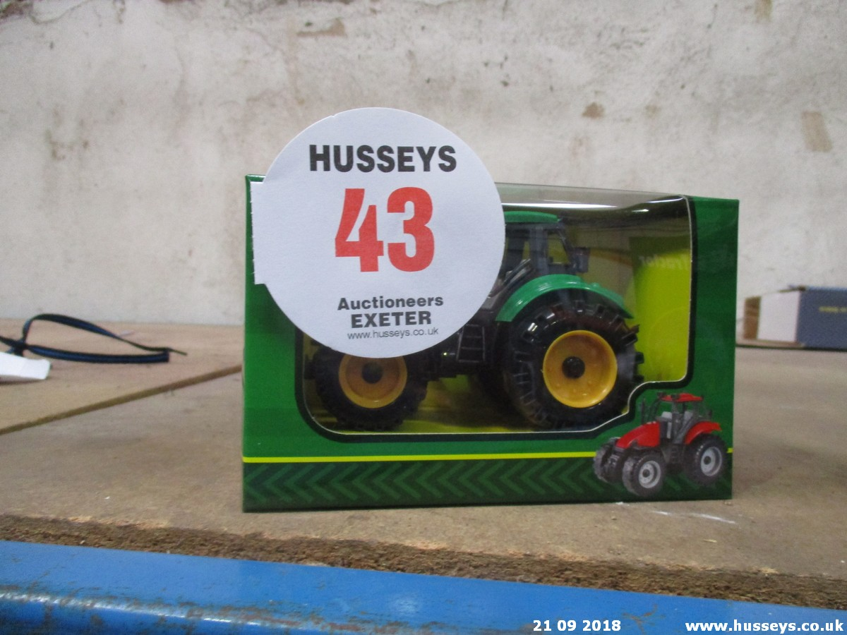 Lot 43 - TRACTOR