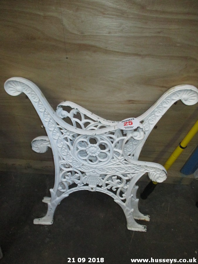Lot 25 - PR OF BENCH ENDS