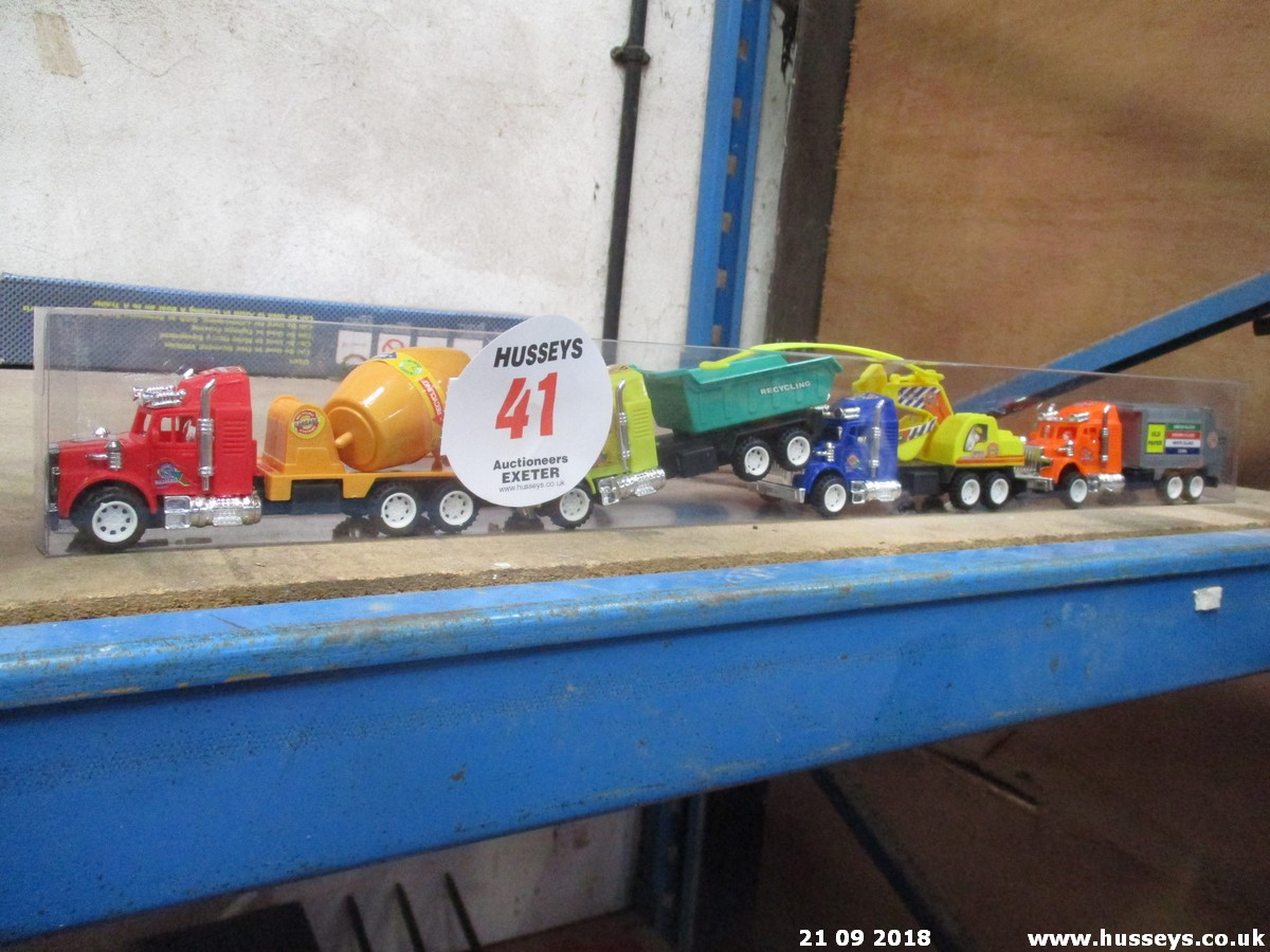 Lot 41 - LORRIES