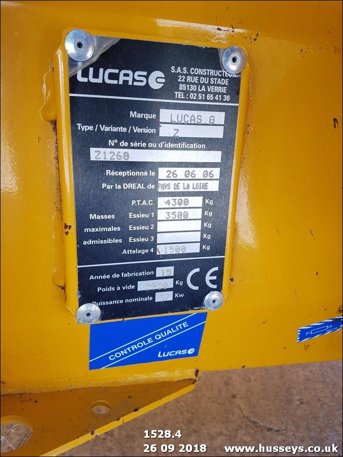 Lot 1528 - LUCAS CASTOR 60R PTO STRAW CHOPPER
