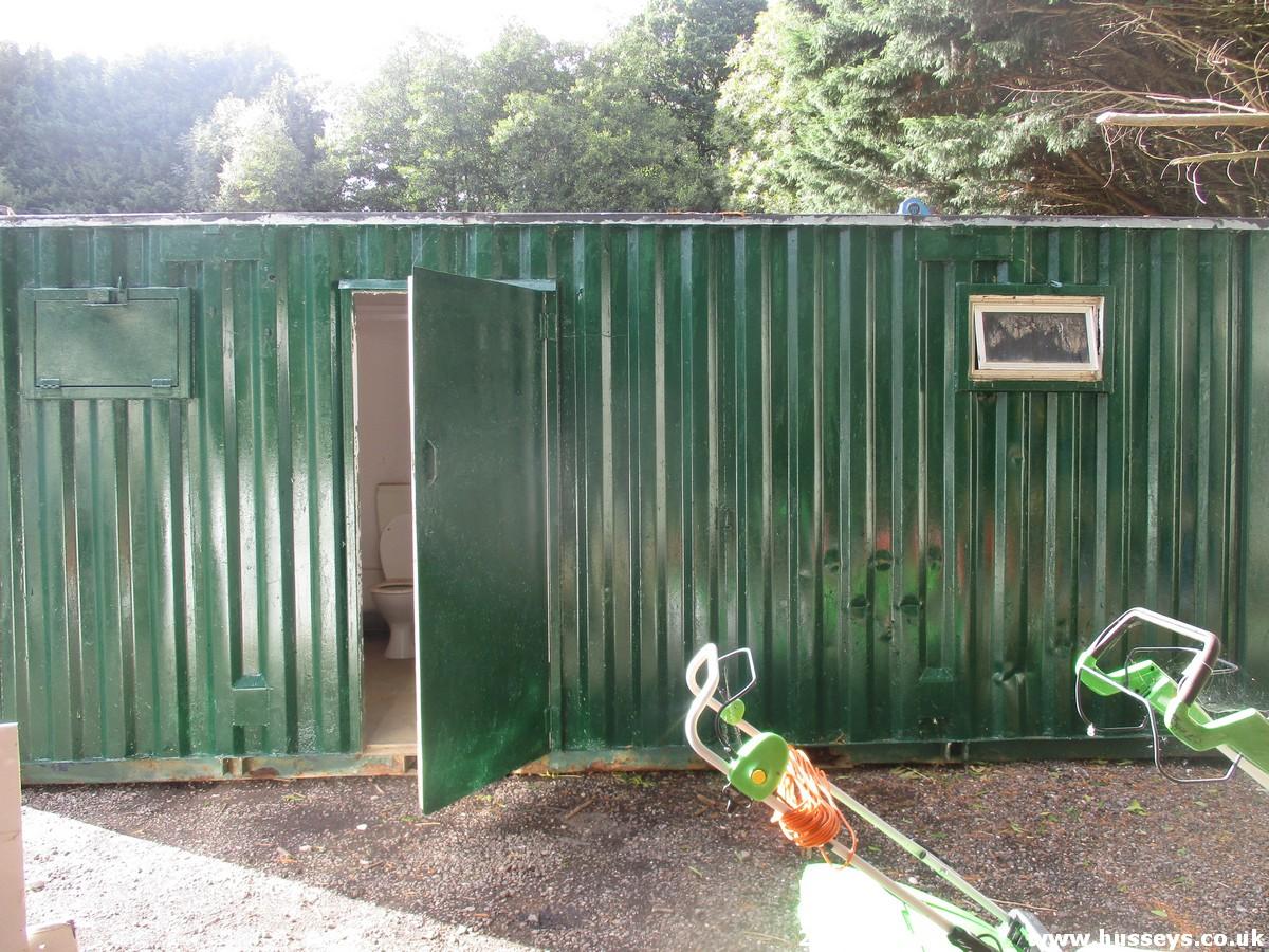 Lot 1519 - TOILET BLOCK (4 WCS)