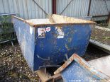 Lot 1561 - FORK LIFT TIPPING SKIP