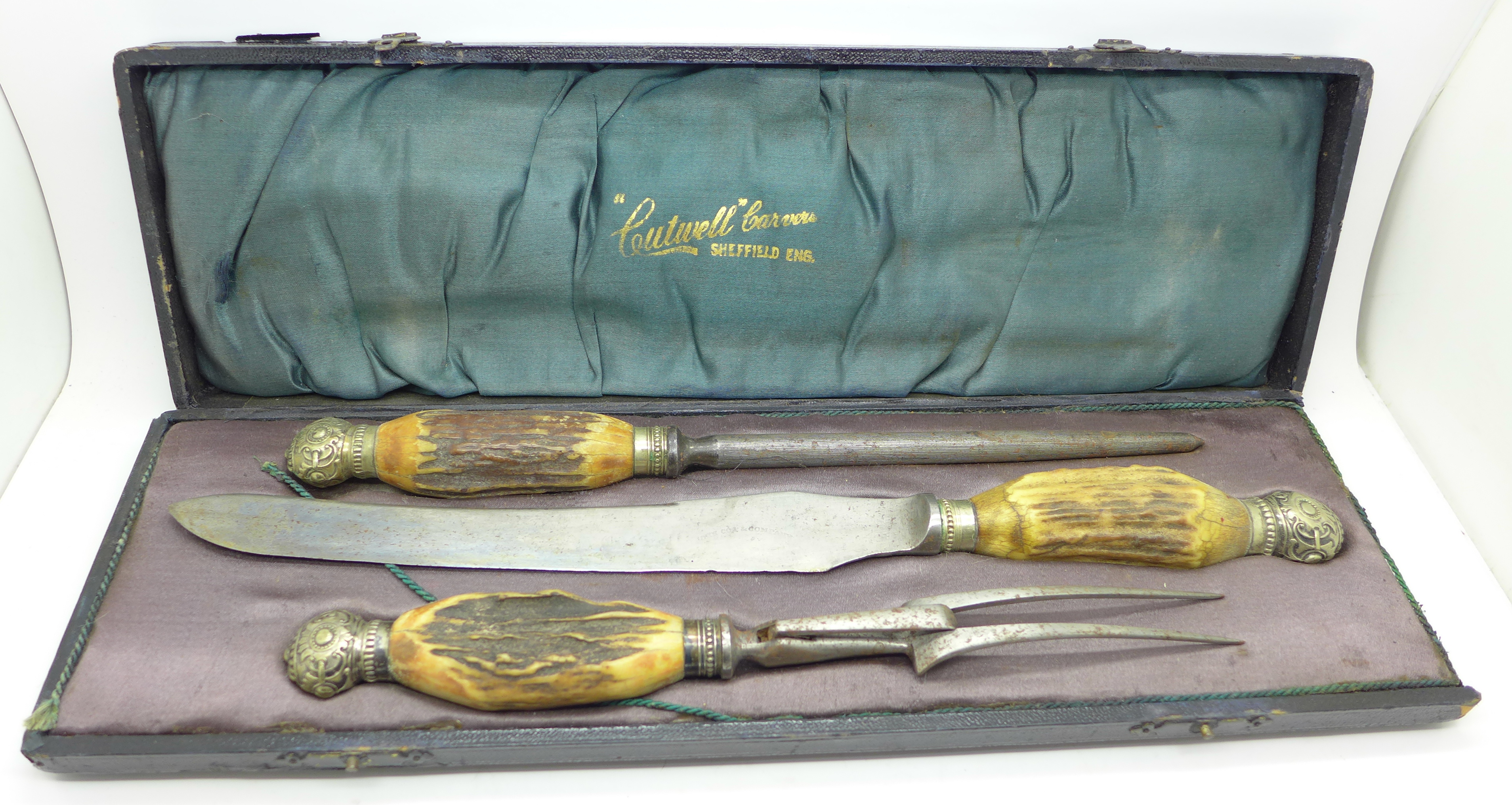 Lot 636 - A three piece antler handle carving set, 'Cutwell Carvers',