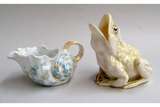 Belleek Pottery Frog Vase Washed In Yellow Lustre Details