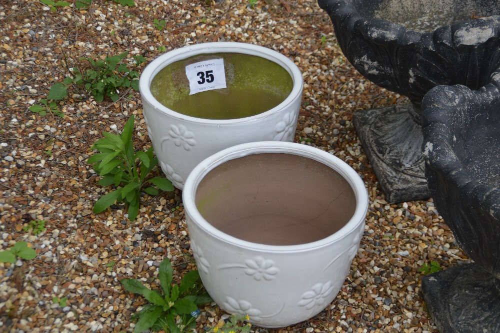 Lot 35 - 2x glazed planters, approx. 25cm