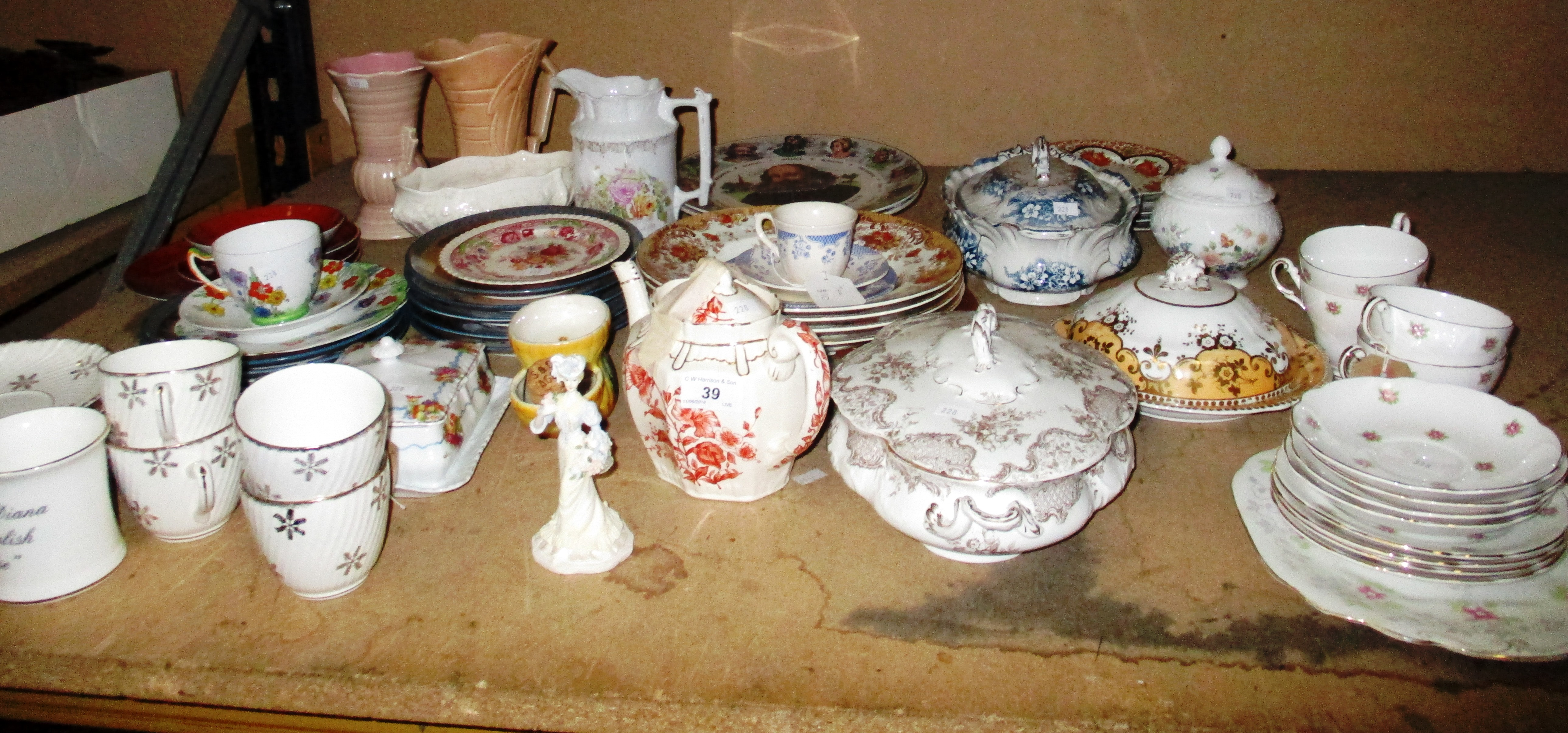 Lot 39 - A quantity of pottery and porcelain - vases, trio set, cups, saucers,