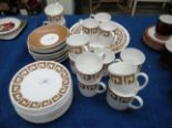 Lot 21 - 35 pieces of Wedgwood Susie Cooper Design Old Gold Keystone tea service