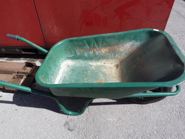 Lot 24 - Metal Wheelbarrow